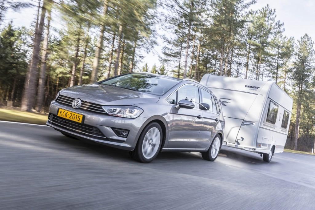 nieuwe auto Volkswagen golf sportsvan