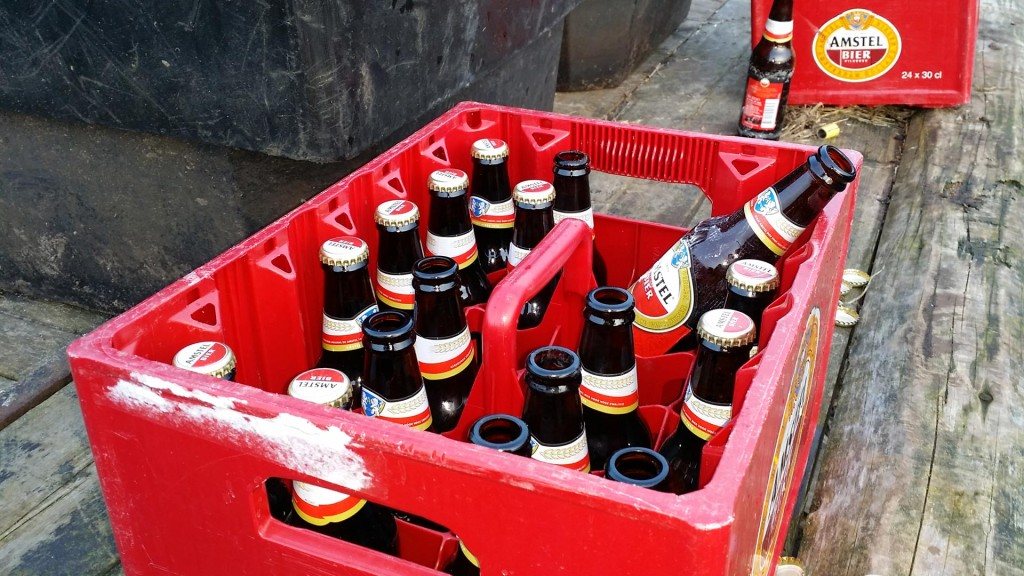Carbid Schieten; een hoop carbid, gezelligheid en bier